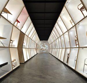 the danish chair designmuseum danmark. Black Bedroom Furniture Sets. Home Design Ideas